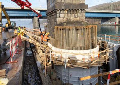 Pfeilerertüchtigung Steyregger Donaubrücke in Linz - Österreich